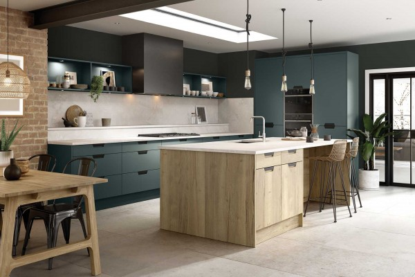 bella-segreto-matt-kombu-green-halifax-natural-oak8C869969-7113-B33C-91D9-EDDC5737DA18.jpg