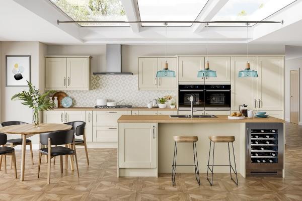 kitchen-austerhouse-finchley-ivorymattF2B8F041-8AFC-6C33-847D-0C1AB6E57B88.jpg