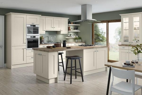 kitchen-barnsdale-fenwick-ivoryoak7A723B55-C2EF-FBD5-6E51-ACD589809F92.jpg