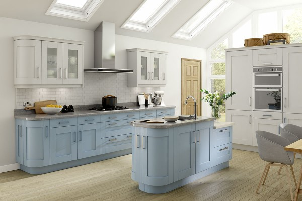 kitchen-hoxtonpainted-stonebridge-icebluewhite86CE1F13-48C9-4461-18BC-F4100A026041.jpg