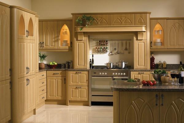 lissa-oak-gothic-kitchen0AF5DFCE-7808-A291-7D87-F727EF741C04.jpg