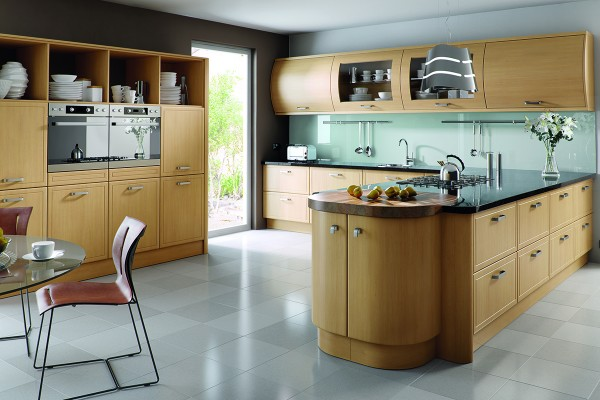 natural-oak-euroline-kitchen36AAA001-FA6B-F82F-8687-E190A9D3E515.jpg